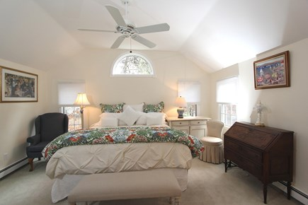 Cotuit, Barnstable Cotuit vacation rental - Master Suite with Cathedral Ceiling