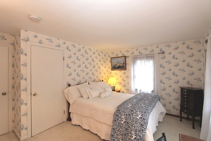 Cotuit, Barnstable Cotuit vacation rental - Queen Suite with 1/2 Bath