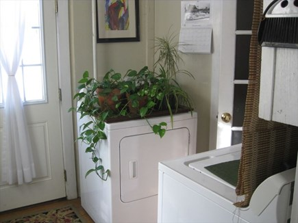 Harwichport Cape Cod vacation rental - Laundry