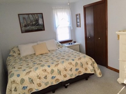 Centerville Centerville vacation rental - New King size bed in master with private bath