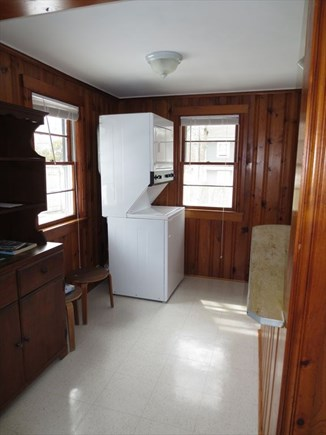 Mashpee Cape Cod vacation rental - Laundry