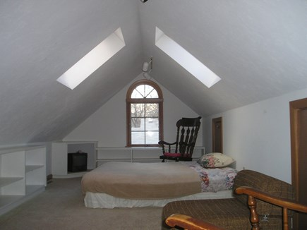 Falmouth, Teaticket  Cape Cod vacation rental - Loft for the kids