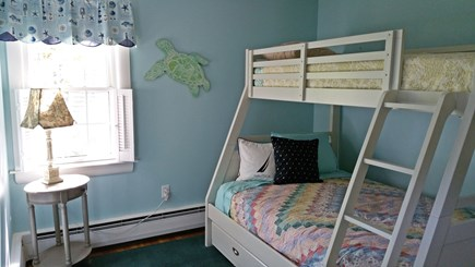 Hyannisport Cape Cod vacation rental - Bunk Bed with Trundle, Twin top, Full lower, Full pullout trundle