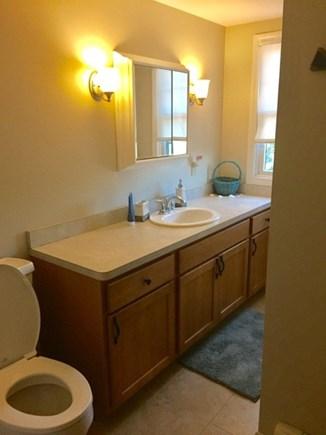 East Dennis /Scargo Hill Cape Cod vacation rental - Second floor bath