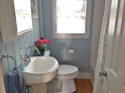 Yarmouth Cape Cod vacation rental - All new full bath