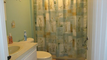 Eastham - Cooks Brook Beach  Cape Cod vacation rental - Full Bathroom