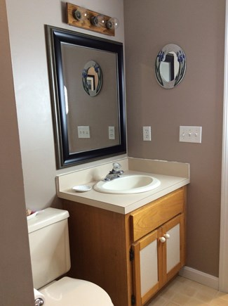 South Eastham 7 mins to Orlean Cape Cod vacation rental - First floor bathroom with shower and linen closet