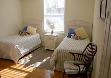 Brewster Cape Cod vacation rental - Guest room #3 with twin beds