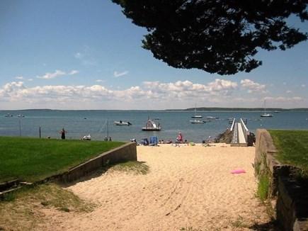 Pocasset Pocasset vacation rental - Wenaumet Bluff private beach 4 minute walk