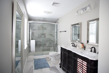 Dennis Cape Cod vacation rental - Second Floor Master Bath