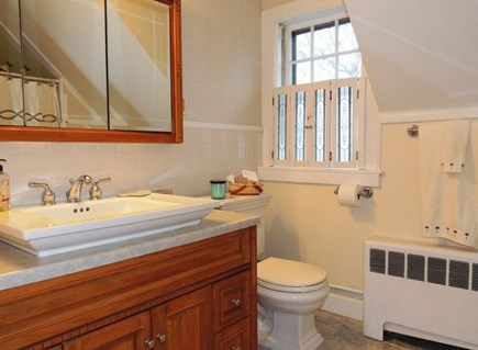 Harwich Port Cape Cod vacation rental - Full bath on second floor