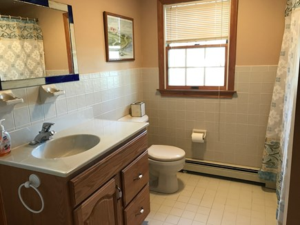 Eastham Cape Cod vacation rental - Full bath on second floor
