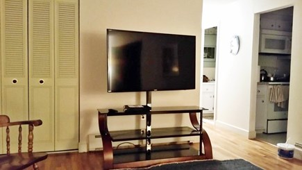 FALMOUTH  Cape Cod vacation rental - 55 inch smart TV