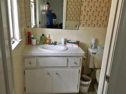 FALMOUTH  Cape Cod vacation rental - 1/2 bath