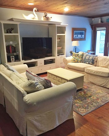 Falmouth, Waquoit Bay Cape Cod vacation rental - Comfortable sitting area