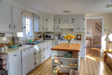 Orleans Cape Cod vacation rental - The spacious kitchen is perfect for a large families.