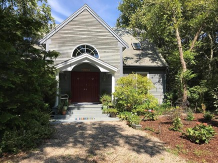 Wellfleet Cape Cod vacation rental - Front entry courtyard