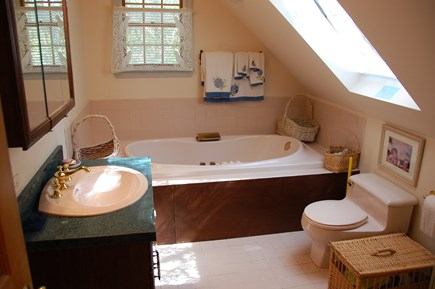 Wellfleet Cape Cod vacation rental - 2nd floor bath with shower, jacuzzi