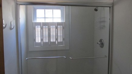 Eastham Cape Cod vacation rental - Bath room
