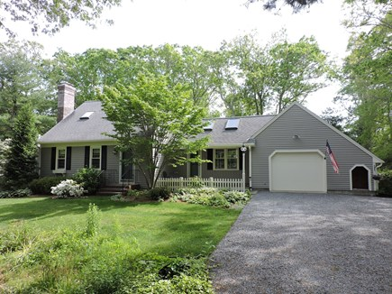 Falmouth, Old Silver Beach Cape Cod vacation rental - Nice 3 bedroom house just short walk to Old Silver Beach