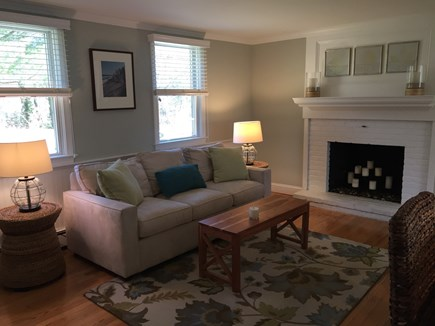 Brewster Cape Cod vacation rental - Sitting area off of kitchen