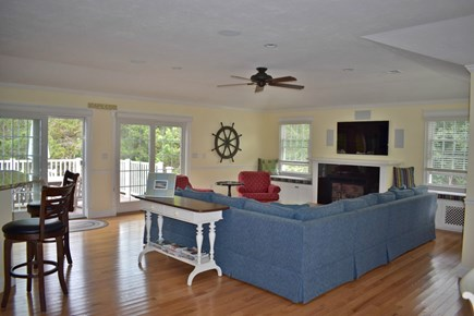 Wellfleet Cape Cod vacation rental - Top Floor Spacious  Great Room