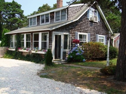Dennis Port Cape Cod vacation rental - Charming 4-5 bedroom Cape Cod cottage