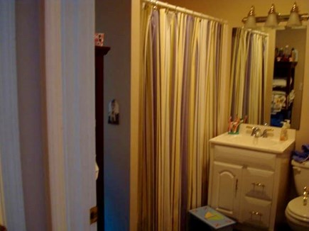 Dennis Port Cape Cod vacation rental - First Floor Full Bathroom