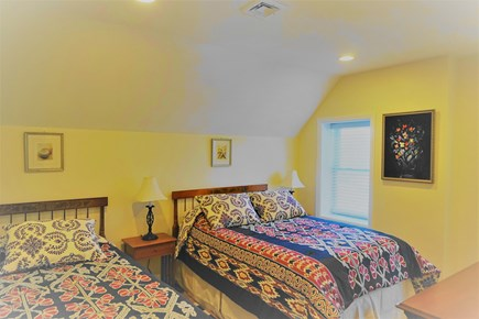 Hyannis Cape Cod vacation rental - The bedroom 2 with the full and twin beds