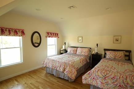 Hyannis Cape Cod vacation rental - The full and twin size bedroom