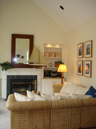 Chatham, East Harwich Cape Cod vacation rental - Living Room
