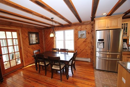 Sandwich, Forestdale Cape Cod vacation rental - Kitchen Table