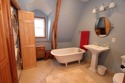 Sandwich, Forestdale Cape Cod vacation rental - Bath 2