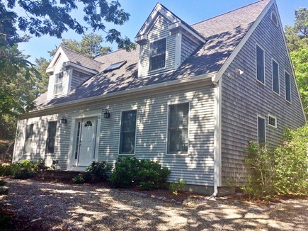 Truro, Wellfleet Cape Cod vacation rental - Front of the house