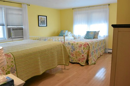 Onset MA vacation rental - The 'kids' room! Queen sleep number, two twins, AC and NO TV!