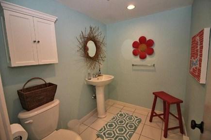 Truro Cape Cod vacation rental - Bathroom