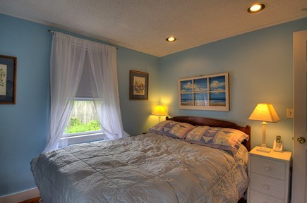 Truro, Beach Point Cape Cod vacation rental - Bedroom with double bed