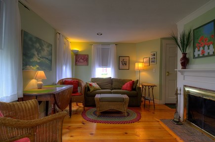 Truro, Beach Point Cape Cod vacation rental - Love this living room, comfy furniture!