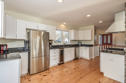 Hyannis Cape Cod vacation rental - Well appointed kitchen