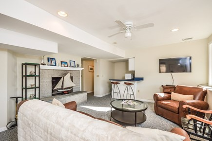 Hyannis Cape Cod vacation rental - Lower level room