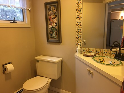Wellfleet Cape Cod vacation rental - Half bath on living floor