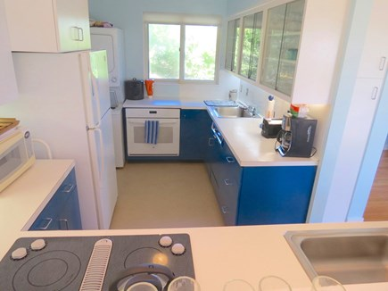 Chatham Cape Cod vacation rental - Guest house full kitchen.