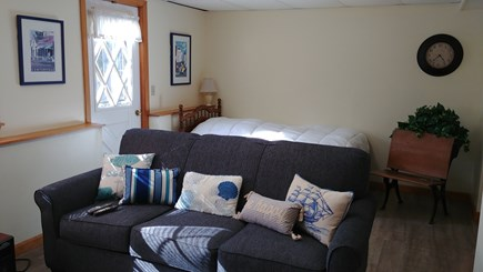 Hyannis Cape Cod vacation rental - Twin bed trundle in the family room.