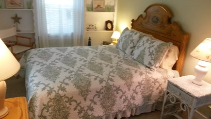 Onset MA vacation rental - Front Bedroom Victorian Queen Bed and Dresser