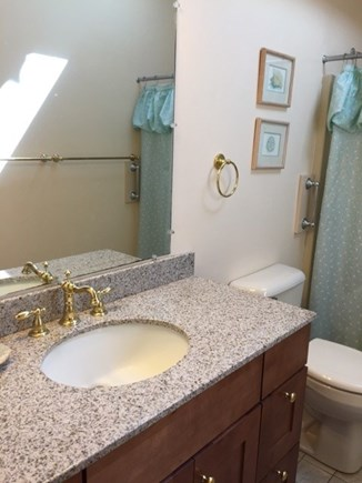 South Chatham Cape Cod vacation rental - Bath