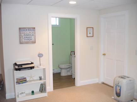 Chatham ,Ridgevale beach Cape Cod vacation rental - Down stairs full Bath