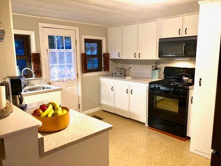 Chatham ,Ridgevale beach Cape Cod vacation rental - Kitchen