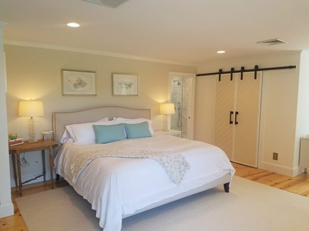 Barnstable, Osterville Cape Cod vacation rental - King master ensuite