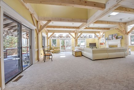 Centerville Centerville vacation rental - ENTERTAINMENT SIZE Living area