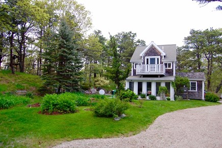 Wellfleet Cape Cod vacation rental - Front of main cottage